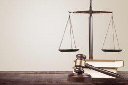 توصیه وکیل دادگستری